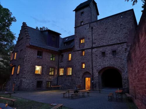 Burg Steinegg - Aussenbereich
